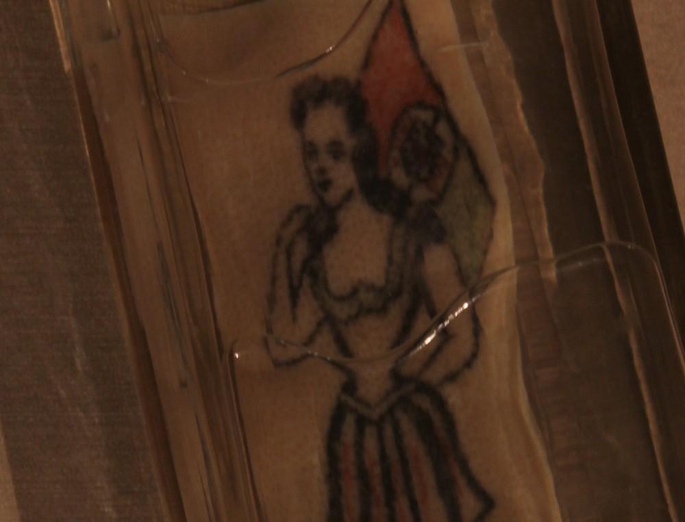 piel-conservada-con-el-tatuaje-de-un-suicida-desconocido-hugo-dunkel